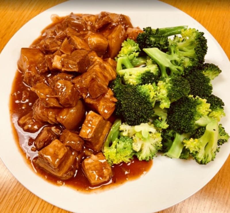 Stewed Dice Pork Belly 红烧肉